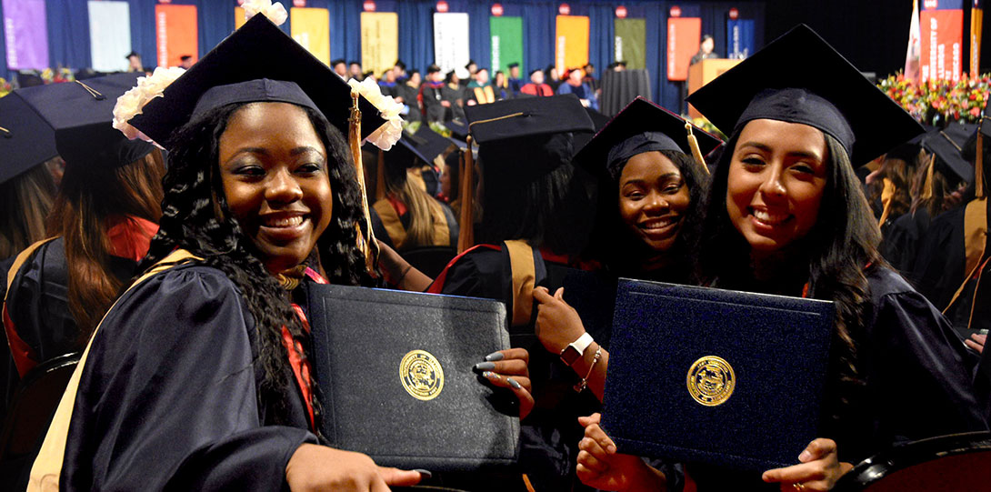 UIC Jane Addams commencement