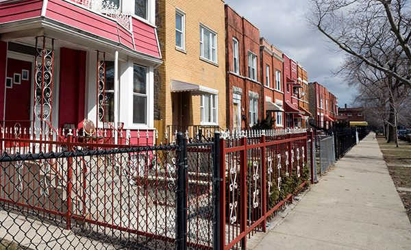 Chicago houses with fences and gates